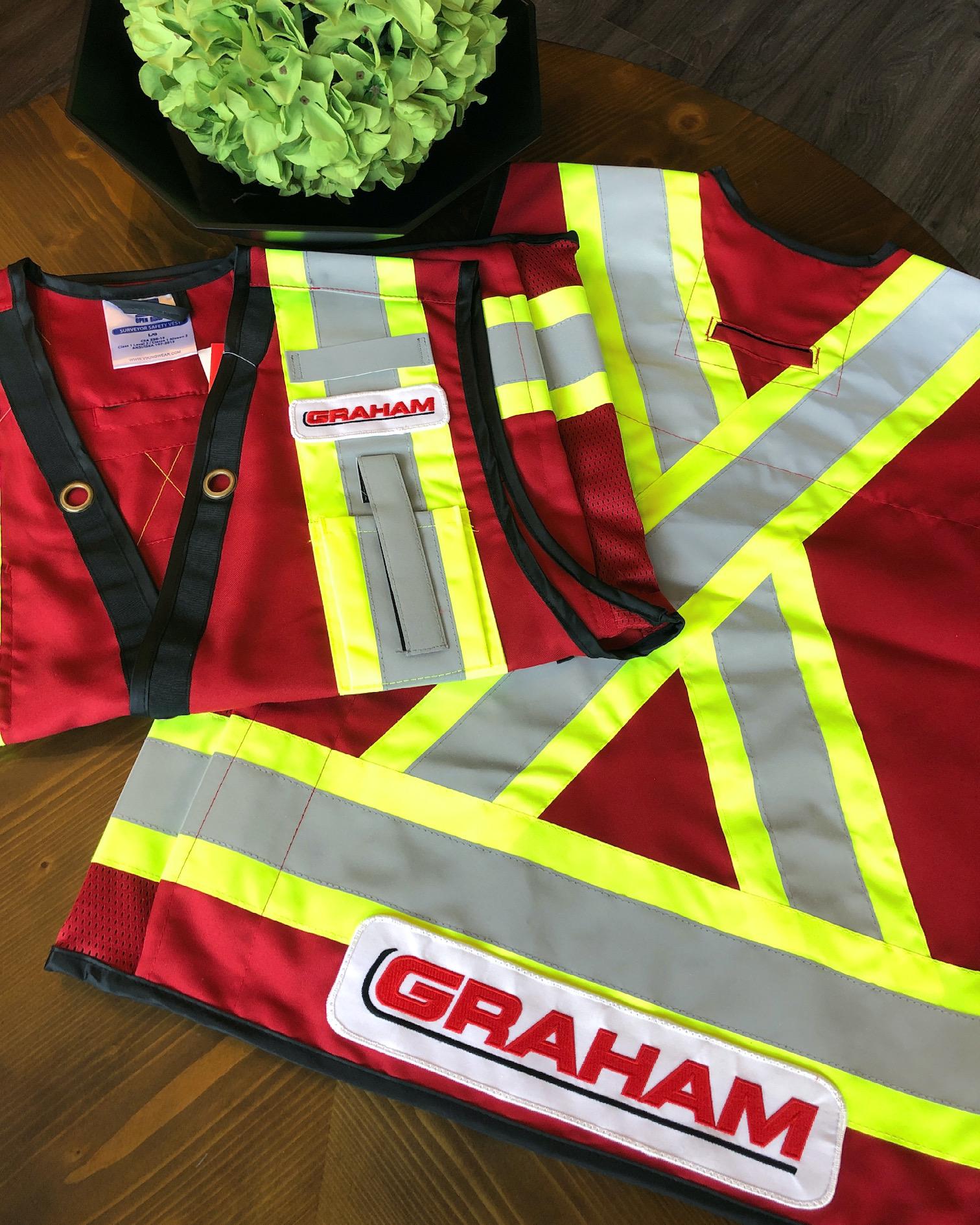 engineer-safety-vest-hi-vis-winnipeg