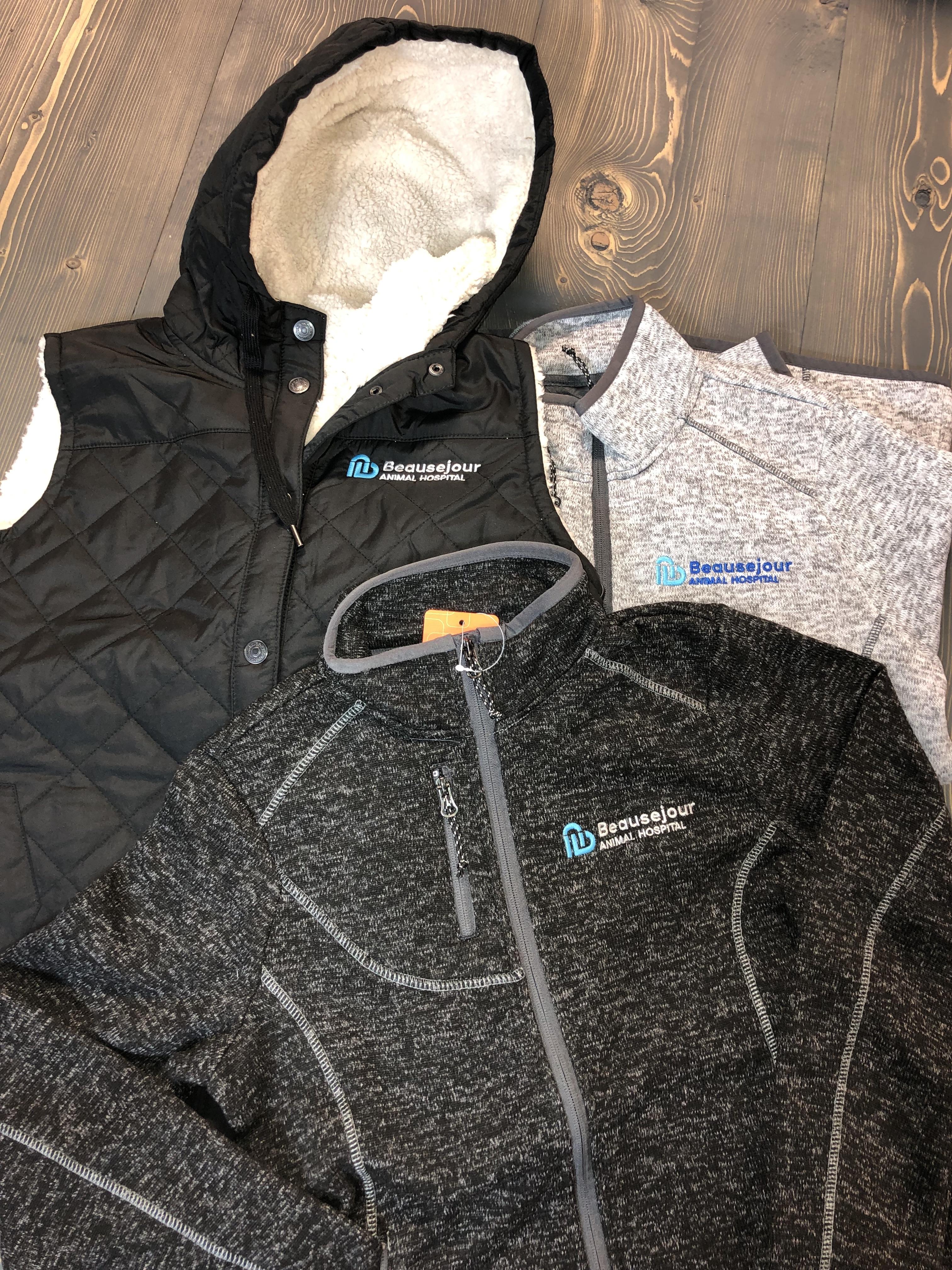 tech-zips-lined-vests-corporate-concepts-winnipeg